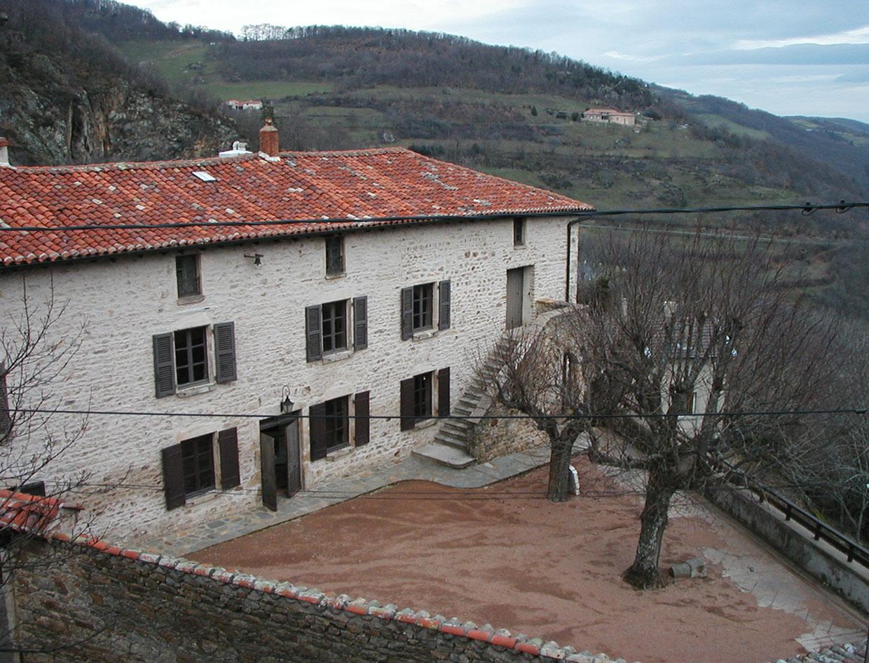 Maison d'exposition de l'Araire (Yzeron, Rhône)