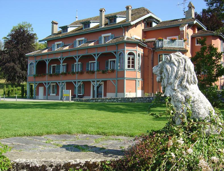 Bâtiment d'exposition du Pré Curieux (Evian-les-Bains, Haute-Savoie)