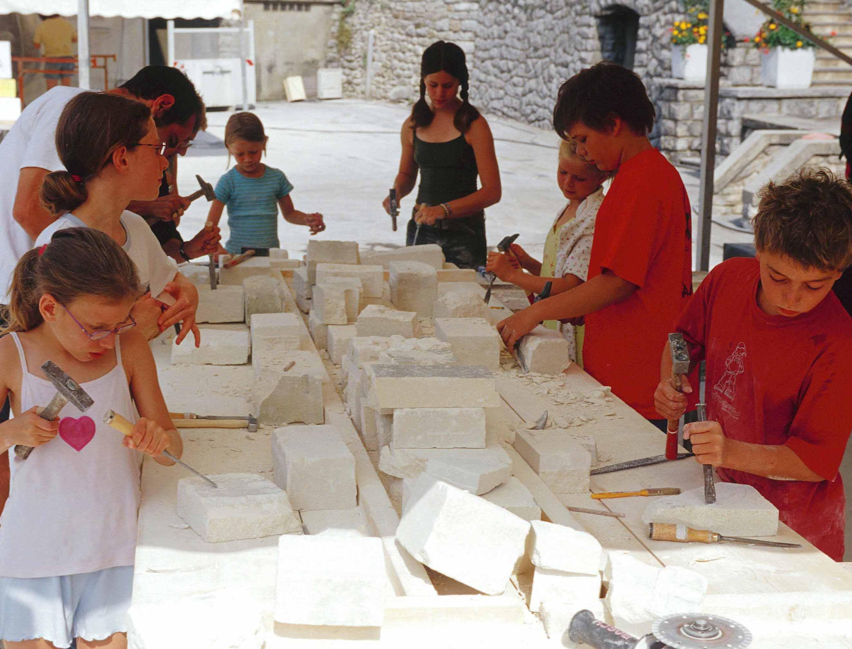 Savoir-Faire de la taille de pierre dans la vallée du Giffre (Samoëns, Haute-Savoie)