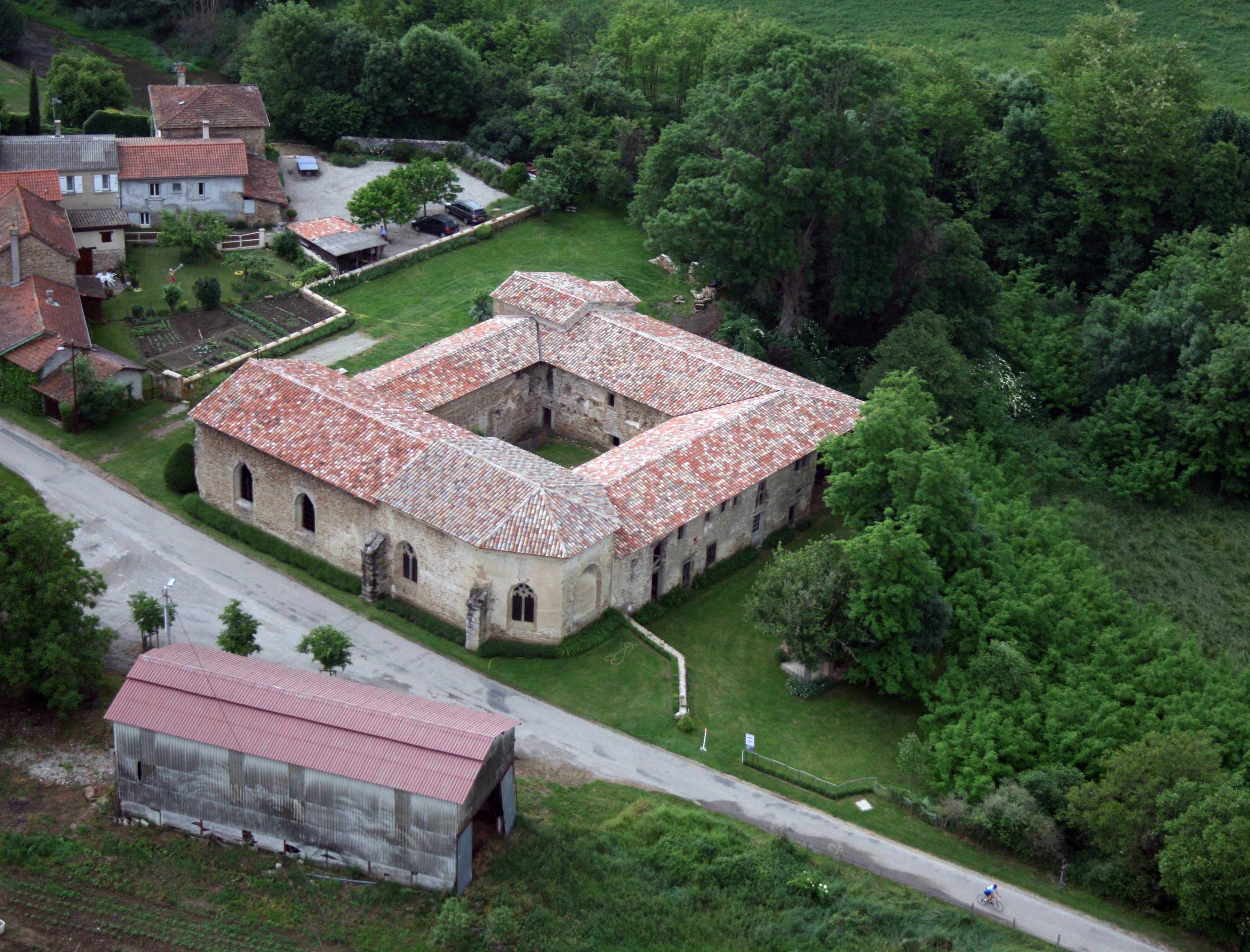 Restauration de l'ensemble conventuel de Charrière (Châteauneuf-de-Galaure, Drôme)