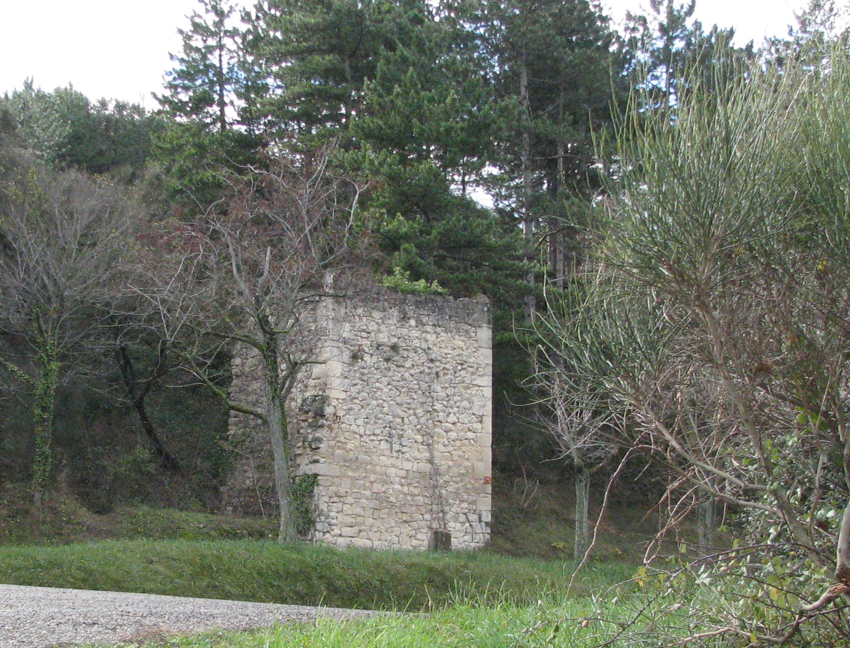 Valorisation de la carrière du four à chaux (Saint-Restitut, Drôme)