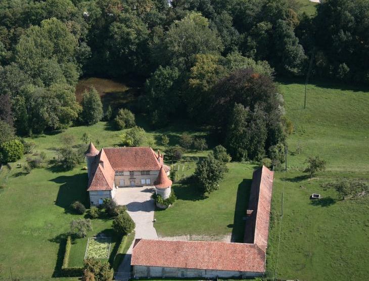 Restauration de la maison forte dite Maison Blanche (Saint-Didier-la-Tour, Isère)