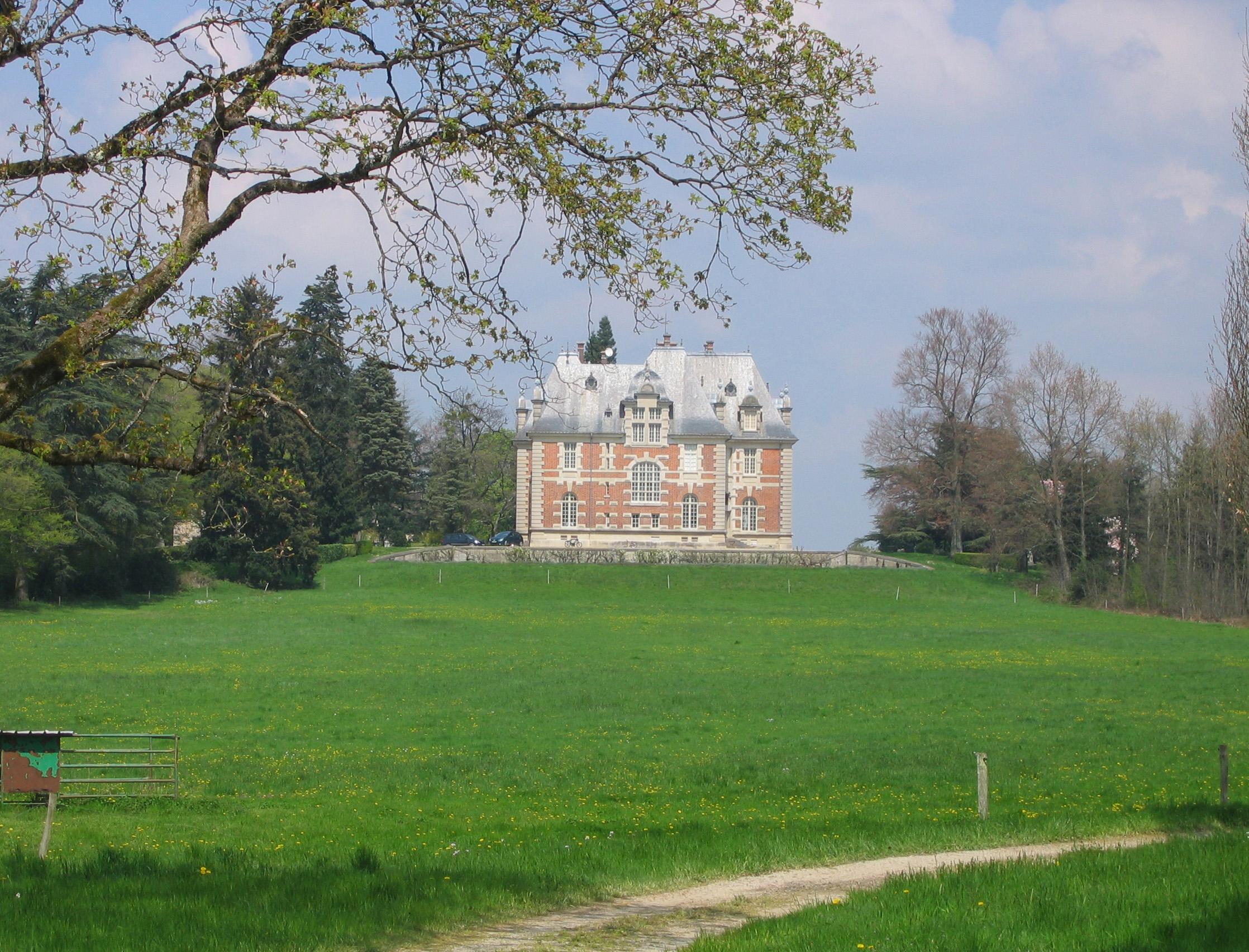 Paysagiste du patrimoine sur le château de Joyeux (Ain)