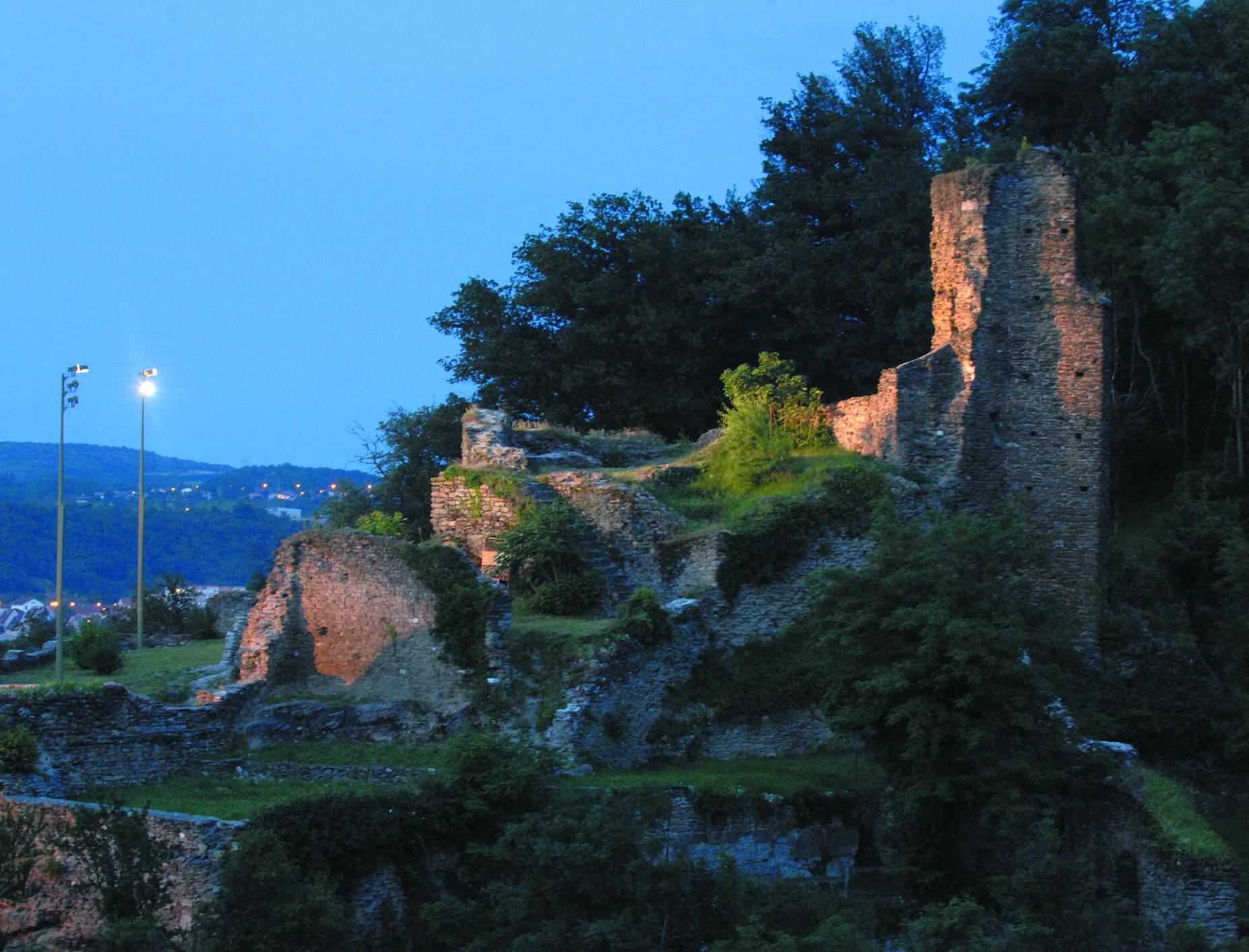 Mise en lumière du château Saint-Gérald (Givors, Rhône)
