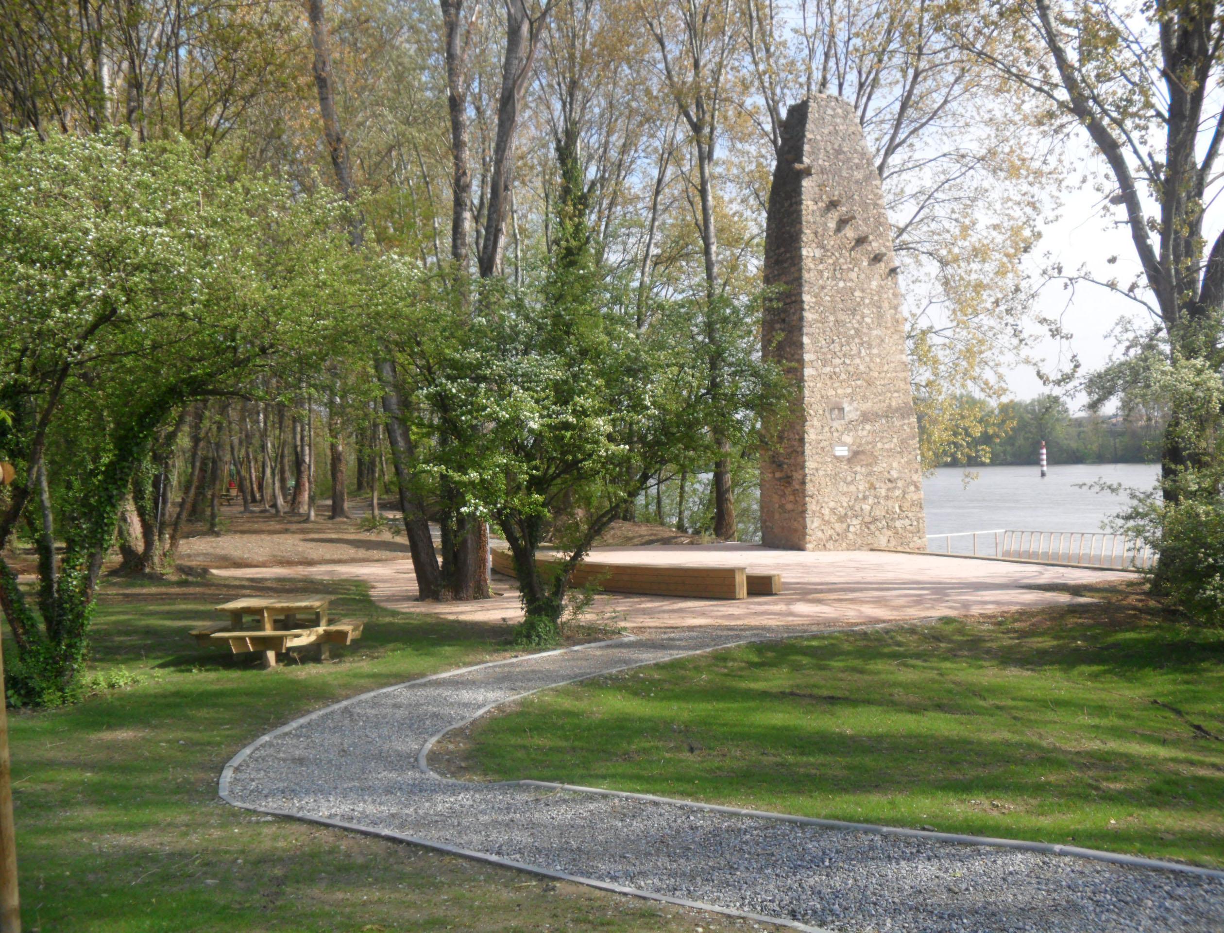 Mise en valeur du site du bac à traille sur le Rhône (Champagne, Ardèche)