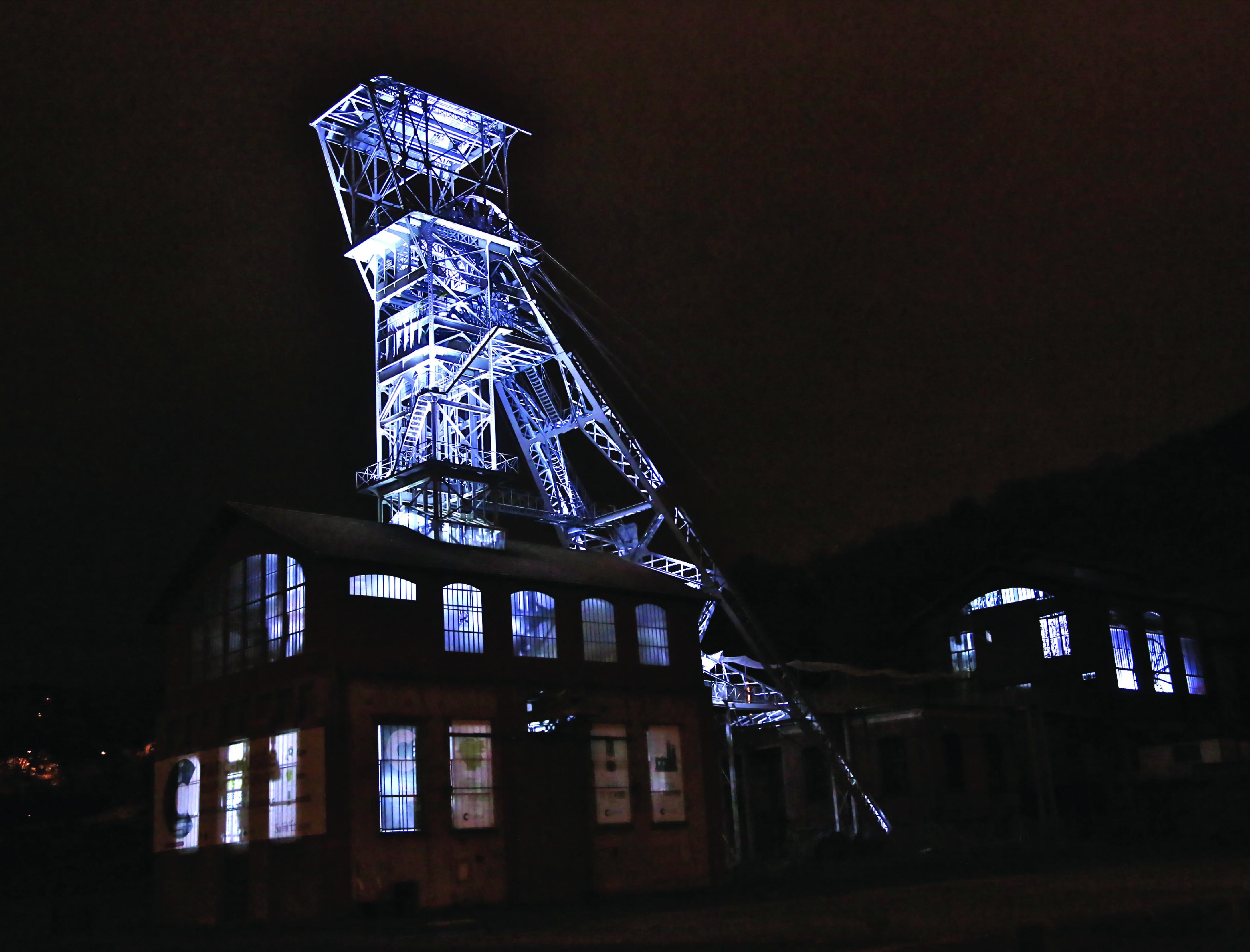 Mise en lumière du Puits Couriot - Parc-musée de la Mine (Saint-Etienne, Loire)
