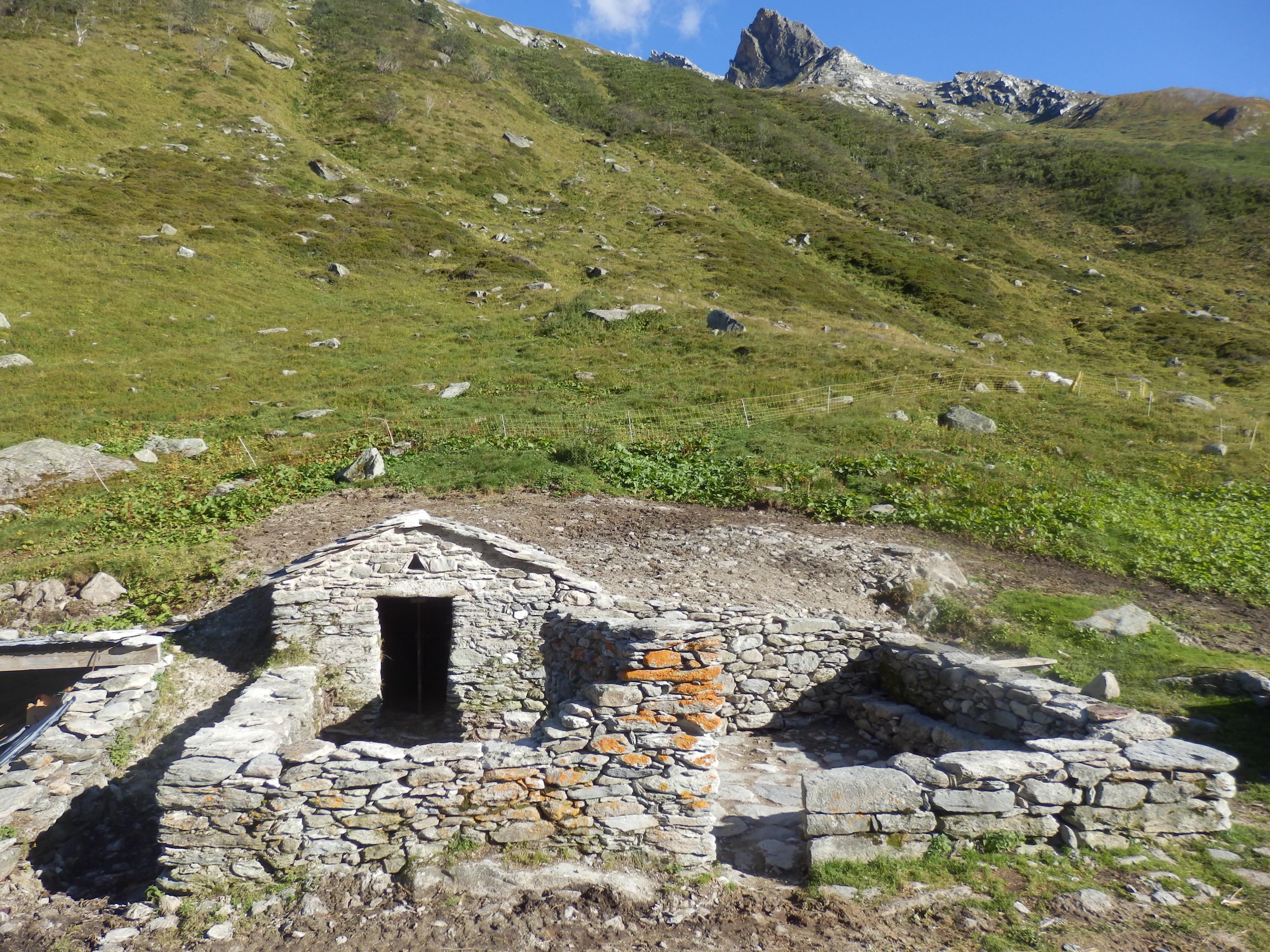 Restauration d'une cave à fromage (Pralognan-la-Vanoise, Savoie)