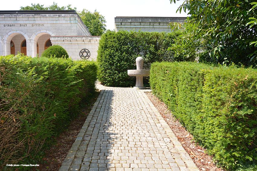 image du cimetière de Veyrier, en Suisse