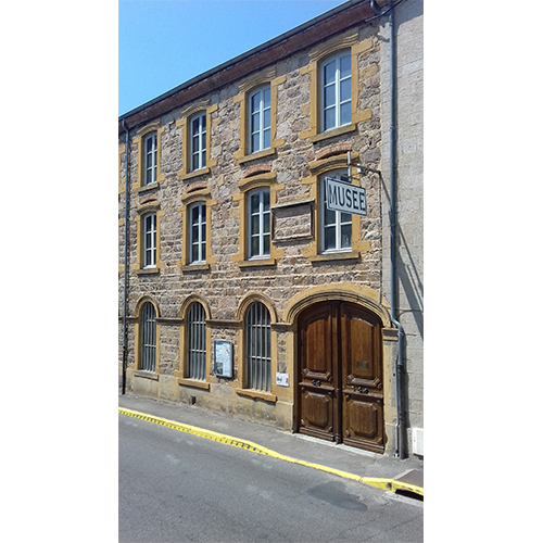 Musée de la cravate et du textile (42)