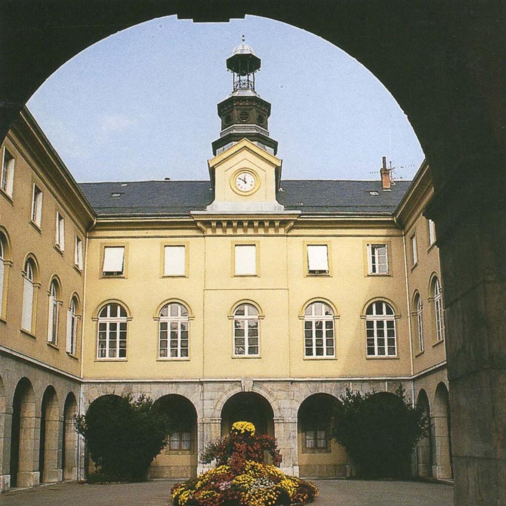 Guide n°24 - Patrimoine hospitalier de la Savoie